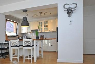 widok na jadalnię w luksusowym apartamencie do sprzedaży Szczecin