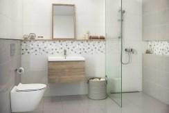 widok na łazienkę w luksusowym apartamencie do sprzedaży Grudziądz