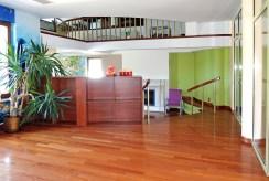 duże, przestronne wnętrze w luksusowej willi na wynajem Częstochowa