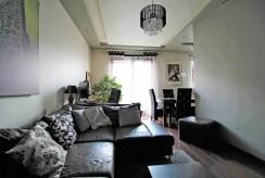 widok na salon w luksusowym apartamencie na sprzedaż Kraków