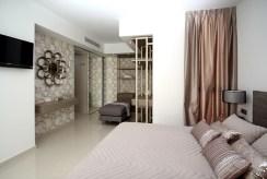 zaciszna sypialnia w luksusowej willi do sprzedaży Hiszpania (Mar Meno)