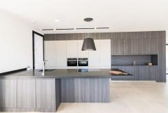 nowoczesna zabudowa kuchni w luksusowej willi na sprzedaż Hiszpania (Jave)