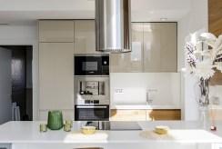 zabudowana kuchnia w luksusowej willi na sprzedaż Hiszpania (Ciudad Quesad)