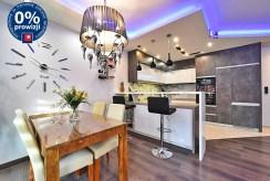 zabudowana kuchnia w luksusowym apartamencie na sprzedaż Bolesławiec
