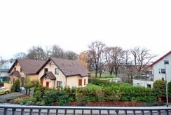 taras z widokiem na zieleń w ekskluzywnym apartamencie do wynajmu Szczecin