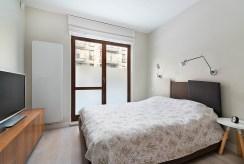 zaciszna sypialnia w luksusowym apartamencie na sprzedaż Sopot
