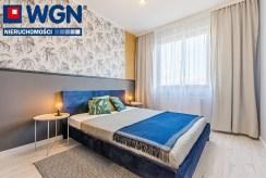 zaciszna sypialnia w ekskluzywnym apartamencie na sprzedaż Gdańsk