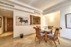 imponujące rozmachem wnętrze luksusowego apartamentu na sprzedaż Hiszpania