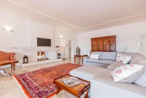 wytworny pokój dzienny w ekskluzywnej willi do sprzedaży Hiszpania (Costa del Sol, Malaga)