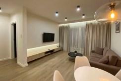 widok na pokój dzienny w ekskluzywnym apartamencie na wynajem Szczecin