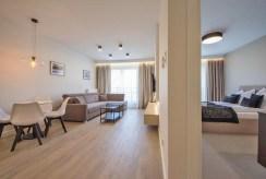 słoneczne wnętrze luksusowego apartamentu do wynajęcia Szczecin