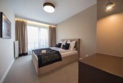 elegancka sypialnia w ekskluzywnym apartamencie na wynajem Szczecin