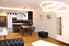 komfortowy salon w luksusowym apartamencie do wynajmu Częstochowa