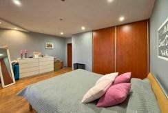 zaciszna sypialnia w ekskluzywnej willi do sprzedaży Żagań (okolice)