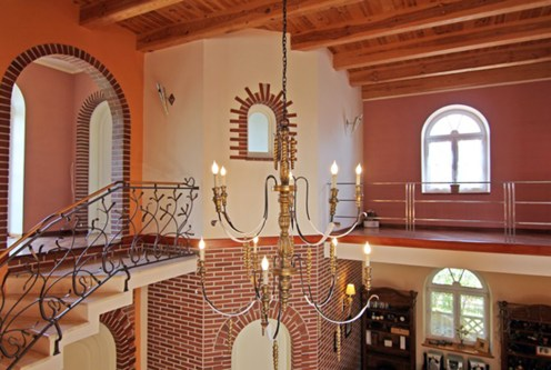 zdjęcie prezentuje piętro ekskluzywnej willi do sprzedaży Wieluń (okolice)