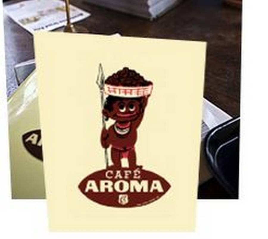 Cafe Aromes ejer fik lavet logoet efter en tegning fra Tønder Kafferisteri. Er det racistisk? Foto: Cafe Aroma/Ærøskøbing
