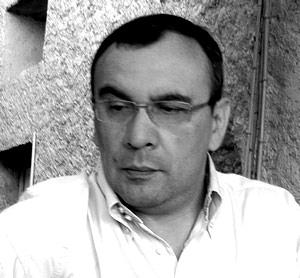 Velador de noche, soñador de día – Luis Eduardo Rivera