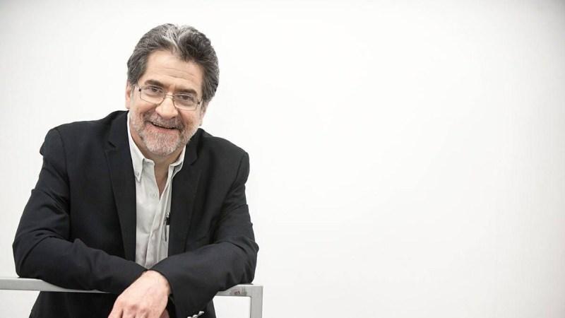 Perseguir la noche – Rafael Pérez Gay