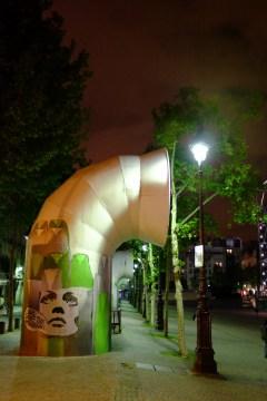 Avant le Centre Pompidou