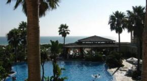 Los turoperadores piden a los hoteleros bajar precios