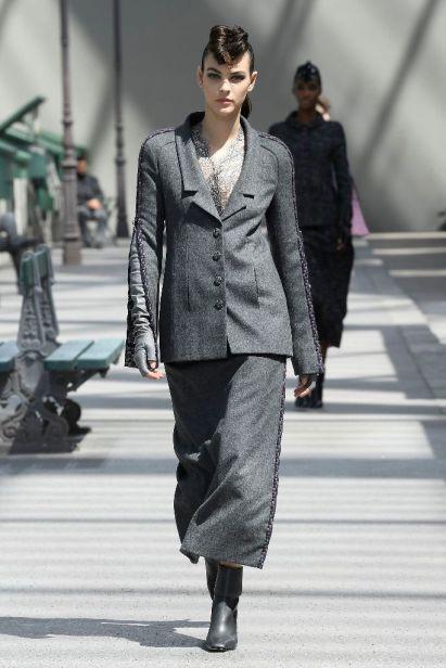 Chanel Haute Couture 12