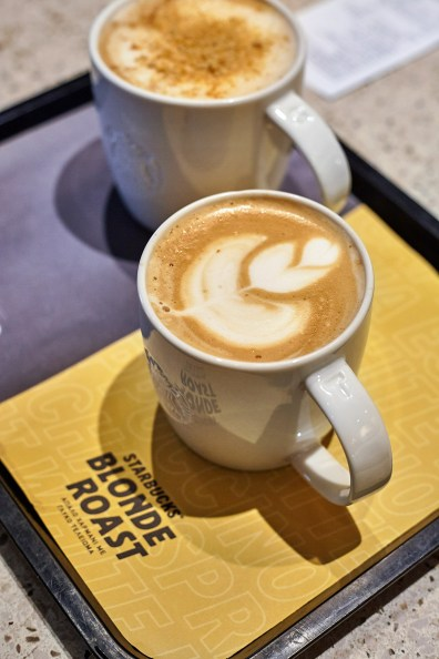 Starbucks-Veltsis-Ozon-2