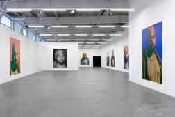 kanye-exhibition-heji-shin-7