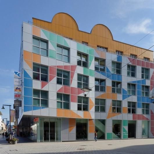 alessandro-mendini-projects-design-architecture_dezeen_2364_col_10
