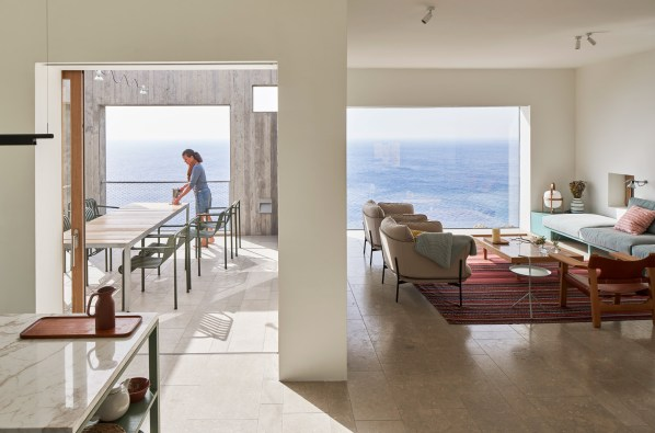 patio-house-ooak-architects-residential-architecture-house-greece_dezeen_2364_col_2