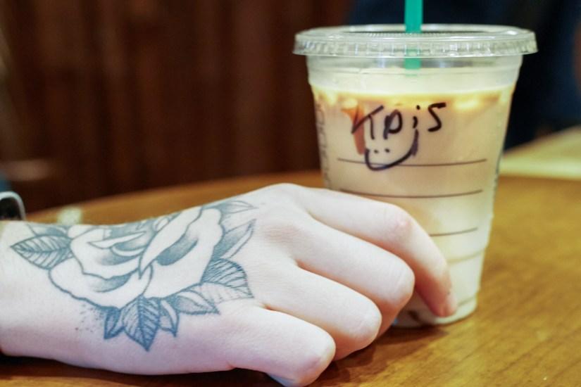 Starbucks-Christopher-Vee-Ozon-Magazine--6