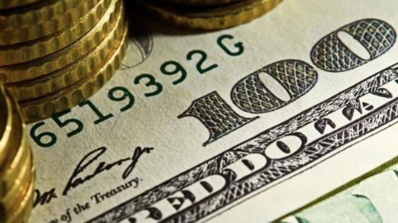 Durante marzo, el Banco Central vendió un 60% menos de dólares que hace un año