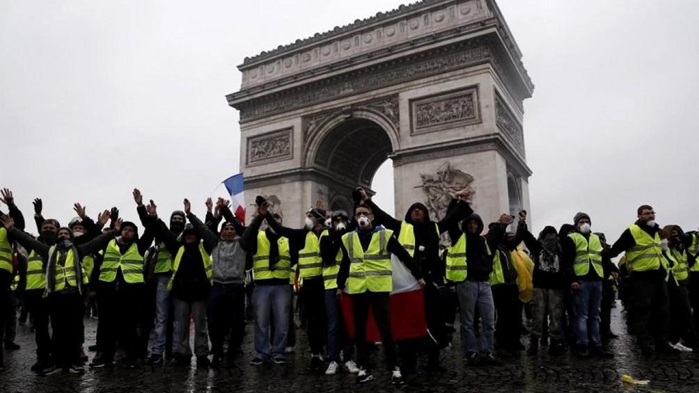 Los chalecos amarillos vuelven a salir a las calles de Francia