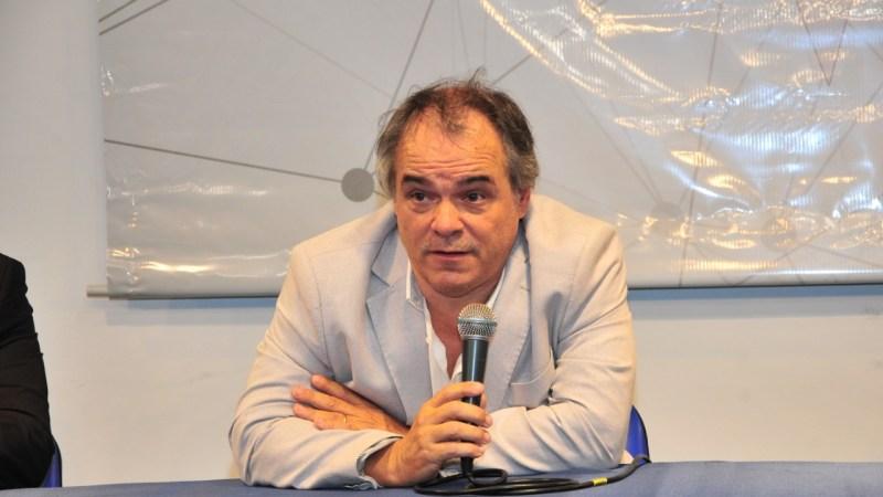«Vemos reducción de personal, cierre de empresas y de locales comerciales», dijo Fernández
