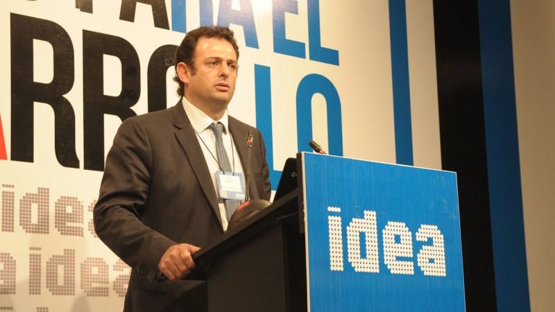 «Tenemos que cuidar las producciones industriales del interior», dijo Urtubey