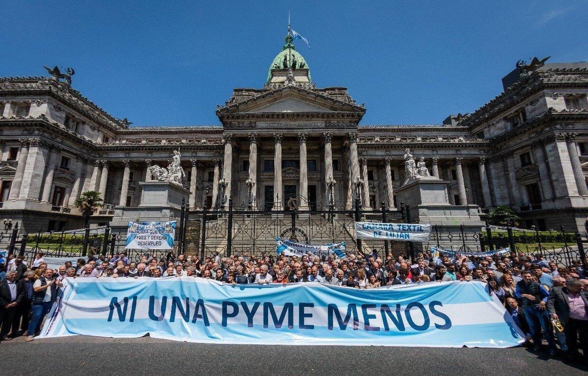 «Ninguna de las medidas que anunció el presidente le sirven a las Pymes»