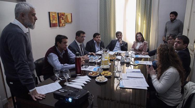 Reuniones sobre emergencia alimentaria en Tucumán