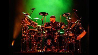 "Photo of Murió Neil Peart, baterista de ""Rush"""