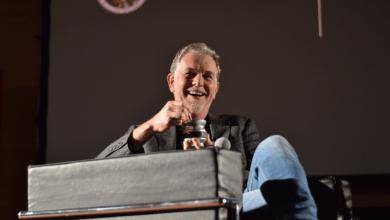 Photo of El CEO de Netflix tomando mate en la UBA