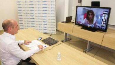 Photo of El Ministerio de Educación discute metodologías con expertos extranjeros