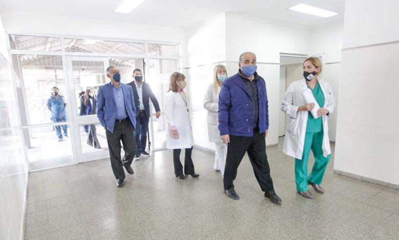 Manzur visitó el hospital zonal de La Cocha