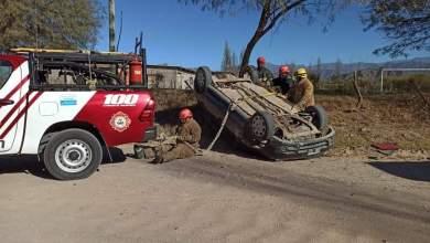 Photo of Volcó: Funcionario pasó de controlar en la ruta a una fiesta clandestina con alcohol