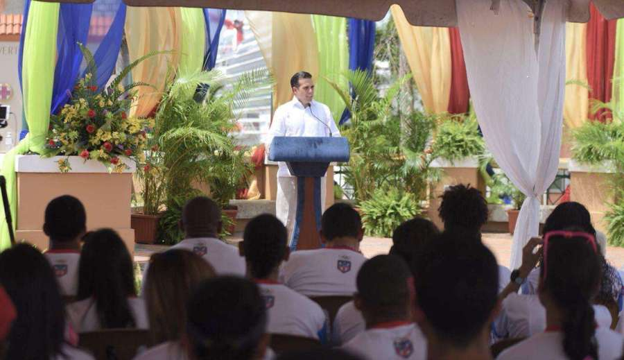 Ricardo Rosello en Abanderamiento de Delegacion de Atletas de Barranquilla 2018 3