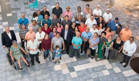 August 2, 2018, Plaza Las Américas inaugurated its first edition of the Feria 'Tu Comunidad tiene una Plaza'. During the ceremony, Fundación Plaza Las Américas and Fundación Comunitaria de Puerto Rico presented checks to 49 artisans. The fair runs through Sunday the 12th.