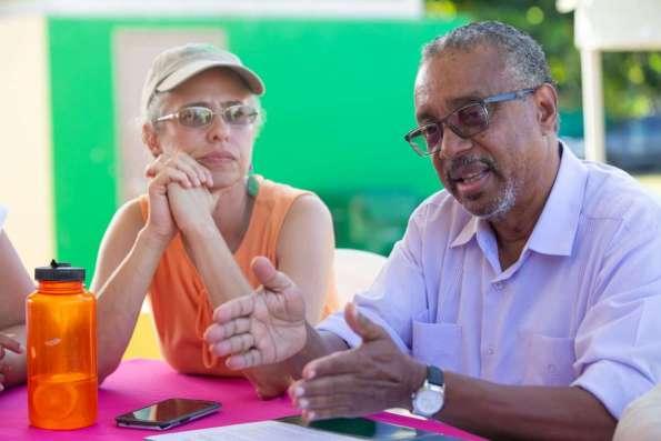 2019 08 14 Loiza Reunion Lanzamiento de la Alianza por la Paz : Por un nuevo Loiza . En la foto : Alana Feldman , Coordinadora de comunidad del proyecto , Nelson Colon Tarrats presidente ejecutivo de la Fundacion Comunitaria de Puerto Rico . © Jorge A Ramirez Portela