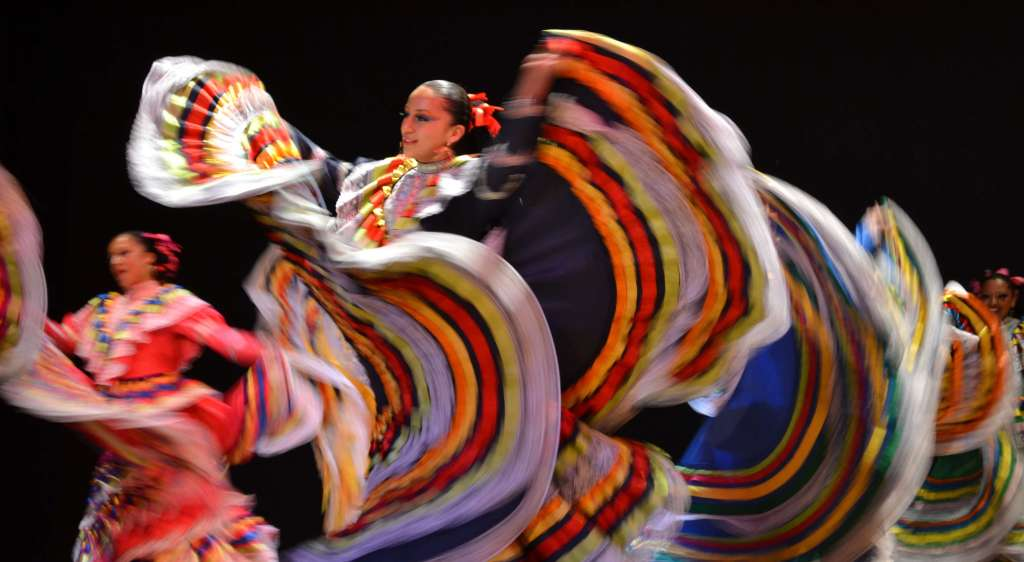 Festival Internacional Folklórico Renace