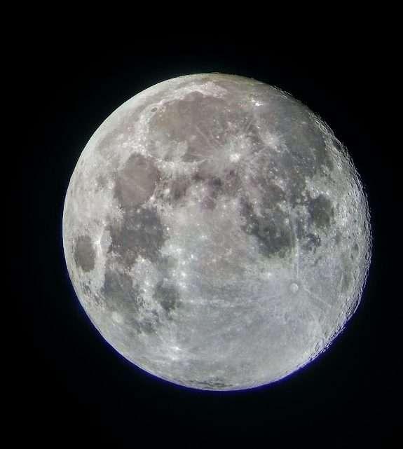 Luna Llena Azul