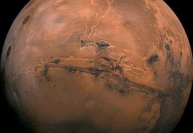 Luna, Marte y la estrella Aldebarán