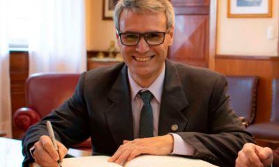 El rector de la UNS, Daniel Vega, desmintió una versión que circulaba y dejó en claro que no apoya a Cambiemos