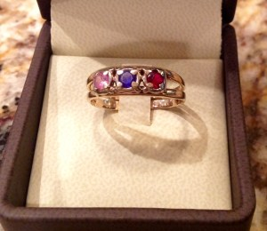 leona mother's ring