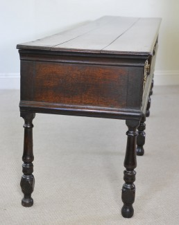 Very Rare Early 18th Century Oak Dresser Of Unusual Length